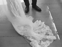 Lace + Veil | Anna Peters Photography