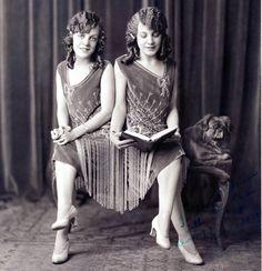 Daisy and Violet Hilton, conjoined twins, ca. 1920s