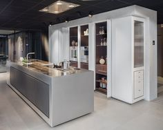 Culimaat - High End Kitchens | Interiors | ITALIAANSE KEUKENS EN MAATKEUKENS - Axis