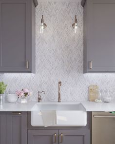 Rustic Neutral Kitchen Ideas with Skinny Chevron Calacatta Gold Mosaic Tile Backsplash and a Farm Sink Marble Mosaic Tile Backsplash, Farmhouse Kitchen Design, Calcutta Gold Marble, Painting Cabinets, Cabinet Paint Colors, Chevron Tile, Chevron Tile Backsplash, Kitchen Remodel, Decorative Tile