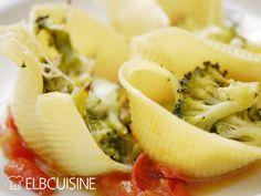 Pasta loca – mit verrückten Nudeln und meiner neuen superschnellen Lieblings-Tomaten-Soße ins neue Jahr! #pasta #loca #nudeln #tomatensauce #stefanmarquard #muschelnudeln #pastaloca #elbcuisine