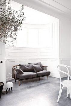scandinavian sofa bench