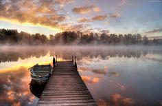 Jezioro, Mgła, Las, Pomost, Wschód słońca, Łódź