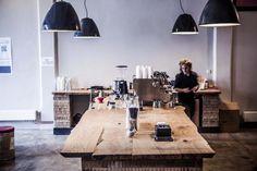Taková je kavárna v Paralelní Polis, otevřená 9. října | Proti šedi