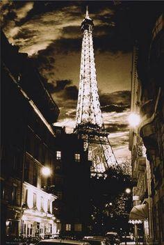 Torre Eiffel Hermoso