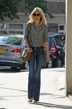Wunderbar-love Claudia's casual style.