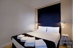 One bedroom apartment 500m from Puerta del Sol - $684 six nights - 45m