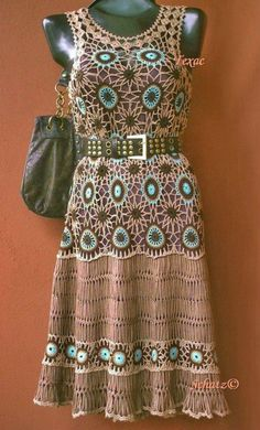 This is in another language. Cute. Vestido croche