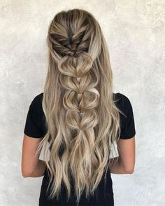 Charming and lovely 30 braided hairstyles ideas for long hair Box Braids Hairstyles, Pretty Hairstyles, Hairstyles Videos, Hairstyles 2018, Simple Curled Hairstyles, Boho Hairstyles For Long Hair, Evening Hairstyles, Celebrity Hairstyles, Hair Videos