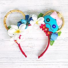"""Lilo and Stitch/ Minnie Ears/ Scrump Headband/ Ohana Hawaii Minnie Ears """"Ohana means family. Family means nobody gets left behind or forgotten."""" These adorable bamboo ears are so comfortable and lightweight Disney Diy, Diy Disney Ears, Disney Crafts, Cute Disney, Disney Ideas, Stitch Ears, Lilo And Stitch, Disney Vacation Outfits, Disney Ears Headband"""