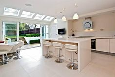 4 bedroom town house for sale in Alma Road Windsor - Rightmove Kitchen Dining, Dining Room, Town House, Extension Ideas, House Extensions, Sliding Doors, Windsor, Property For Sale, Garden Ideas