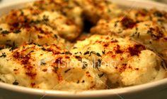 Twice Baked Garlic Potatoes Double Baked Potatoes, Twice Baked Potatoes Casserole, Creamed Potatoes, Potato Casserole, Mashed Potatoes, Cheesy Potatoes, Casserole Recipes, Potato Dishes, Potato Recipes