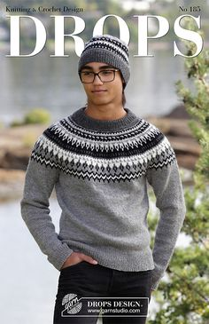 Dalvik - The set consists of: Men's knitted jumper with raglan, round yoke and multi-coloured Nordic pattern and knitted hat with multi-coloured Nordic pattern. Sizes S - XXXL. The piece is worked in DROPS Karisma. - Free pattern by DROPS Design Crochet Jumper, Sweater Knitting Patterns, Knitting Socks, Knitting Designs, Free Knitting, Knitted Hats, Drops Design, Raglan Pullover, Icelandic Sweaters