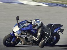2015 Yamaha YZF-R1 - Race Blu