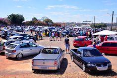 Fotos do Encontro Carros Rebaixados e Antigos de Araxá
