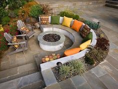 Fire Pit Ideas Backyard Landscaping - Try turning off your TV and stashing the remote for a better family time. Go to your backyard and sit around the fire pit to maintain a conversation, instead. Sunken Patio, Sunken Fire Pits, Sunken Garden, Sunken Bed, Cheap Fire Pit, Cool Fire Pits, Garden Fire Pit, Fire Pit Backyard, Cozy Backyard