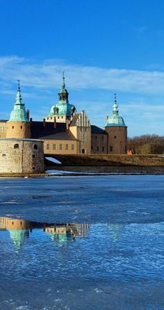 View of Kalmar Castle and the frozen Kalmar Sound, Sweden. Queen Margaret I of Denmark organized the Kalmar Union between Denmark, Norway and Sweden which was formed at Kalmar Castle and lasted from 1397 to 1523.