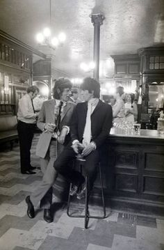 Mick and Keith having a pint at the pub after spending the night at jail for drug possession. London 1967