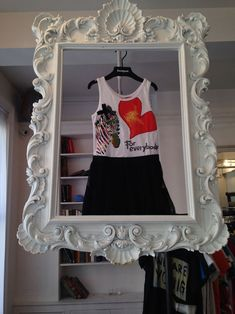 DIY Craft / Market / Retail display for clothing or anything else that fits in a frame!