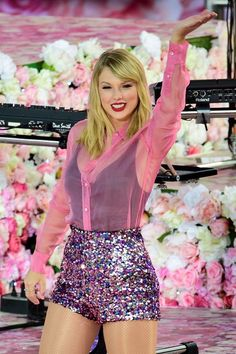 Taylor Swift Photo Gallery: Click image to close this window Taylor Swift Sexy, Beautiful Taylor Swift, Estilo Taylor Swift, Long Live Taylor Swift, Taylor Swift Style, Taylor Swift Pictures, Taylor Alison Swift, Taylor Taylor, Taylor Swift Wallpaper