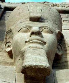 King Ramsis II
