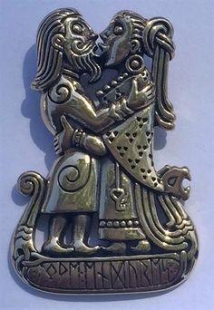 Viking Kiss Pendant Bronze Dryad Design LOVE ENDURES Rune Love Norse Gods Amulet An original design by Dryad Design's Paul Borda. Made of high quality gold tone jewelers bronze. Viking Life, Viking Warrior, Ancient Vikings, Norse Vikings, Viking Jewelry, Ancient Jewelry, Viking Facts, Norse Pagan, Norse Mythology