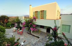 Charming house for rent in Crete