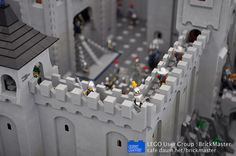 BrickMsater held a commemorative exhibition for LEGOLAND Korea(Chun Cheon) ground breaking ceremony in November Chateau Lego, Lego Burg, Lego Structures, Lego Village, Lego Boards, Lego Pictures, Lego Projects, Lego Stuff, Lego Moc