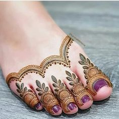 40 Latest Eid Mehndi designs to try in 2019 Basic Mehndi Designs, Finger Henna Designs, Legs Mehndi Design, Mehndi Designs For Girls, Mehndi Design Photos, Wedding Mehndi Designs, Mehndi Designs For Fingers, Dulhan Mehndi Designs, Mehndi Designs For Beginners