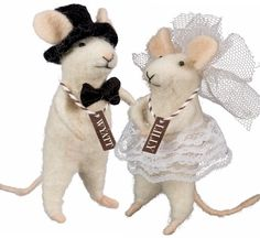 The McNibbles by Primitives by Kathy at Fiddlesticks