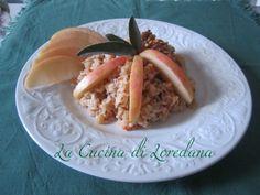 Risotto con mele, noci e pancetta http://blog.giallozafferano.it/lacucinadiloredana/risotto-con-mele-noci-e-pancetta/