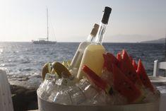 Sea Satin Market Restaurant, Just under the Windmills #seasatinmarketrestaurant #seasatinmarket #seasatinmykonos #capriceofmykonos #capricebar #littlevenicemykonos #capricebarmykonos #summercocktails #foodstyling #summerdrinks #visitmykonos #eventplanning #mykonos #greece Summer Cocktails, Cocktail Drinks, Restaurant Mykonos, Rice Bar, Greek Restaurants, Mykonos Greece, Greek Islands, Fresh Fruit, Night Life