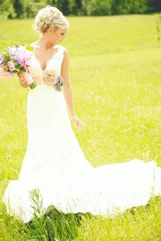 Summer wedding absolutely love #weddingdress..those straps are perfect!