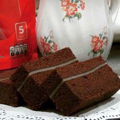 Resep Brownies Kukus Lapis Keju Brownies Kukus, Lapis Legit, Resep Cake, Steamed Cake, Indonesian Food, Coffee Cake, Cake Cookies, Yummy Cakes, Cake Recipes