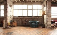SHOOTFACTORY: commercial / industrial / Seven Sisters, LondonN15