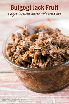 Enjoy this Crockpot Bulgogi Jackfruit recipe as an meat-free alternative to pulled pork. You'll love the flavors, texture, and healthiness of this recipe!