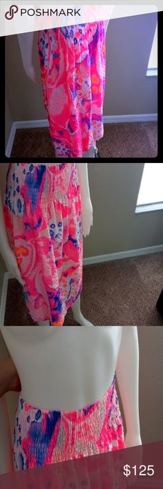 Lily Pulitzer Pink Beachy Skirt XL Lily Pulitzer Pink Beachy Skirt XL Amazing watercolors designs! Perfect for summer ! Looks great with a white tank top , tube top, or with the matching crop top you can buy in our listings! This listing is for skirt only! Great buy! Lilly Pulitzer Skirts