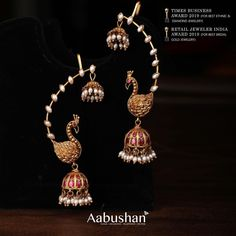 Amazing Artificial Bridal Jewellery Sets Are Available Here! Indian Jewelry Earrings, Indian Jewelry Sets, Jewelry Design Earrings, Gold Earrings Designs, Gold Jewellery Design, Ear Jewelry, Jewelery, Jhumka Designs, Diamond Jewellery
