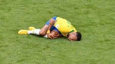 Neymar reacts after a tackle during the Russia 2018 World Cup match between Brazil and Mexico in Samara on Monday. Diving School, Geo Tv, Geo News, Neymar, Teaching Kids, News Update, Coups, Daily News, Pakistan