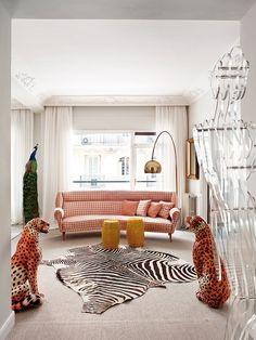 House in Madrid | Miriam Alía_Living Pink