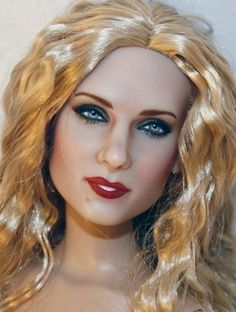 Submitted by: Laurie Everton  About: Repainted Galadriel to look like actress Sarah Jessica Parker  Category: Movie Inspired