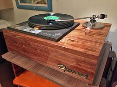 Audiophile Turntable, Turntable Record Player, Record Players, Vinyl Record Storage, Lp Storage, Garrard Turntable, High End Turntables, Pallet Tv Stands, Tv Stand Console