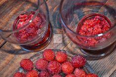 Budinca de chia cu zmeura - CAIETUL CU RETETE Smoothies, Raspberry, Food And Drink, Fruit, Drinks, Diet, Drinking, Beverages, The Fruit