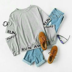 To find out about the Letter Print Split Elbow Sweatshirt at SHEIN, part of our latest Sweatshirts ready to shop online today! Clueless Outfits, Teen Fashion Outfits, Outfits For Teens, Trendy Outfits, Summer Outfits, Cute Comfy Outfits, Cool Outfits, Aesthetic Shirts, Teenager Outfits