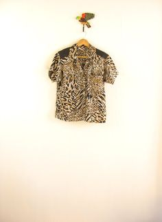 20 SALE. Vintage leopard print shirt. Animal by SwanDiveVintage, $38.00