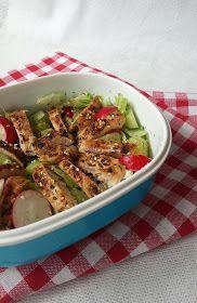 Szybka sałatka z kurczakiem do pracy Japchae, Lunch, Ethnic Recipes, Food, Eat Lunch, Essen, Meals, Lunches, Yemek