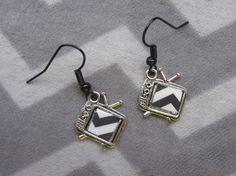 Black Lodge TV earrings inspired by Twin by TheHoneyBeeCrafts Fish Hook Earrings, Rose Earrings, Floor Screen, Chevron Floor, Chevron Paper, Metal Fish, Owl Pendant, Blue Roses, Grab Bags