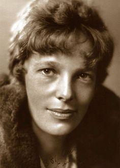 """Amelia Earhart: """"La cosa più difficile è la decisione iniziale di agire, il resto è solo tenacia. Le paure sono tigri di carta"""""""