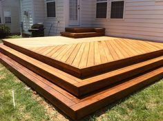 Perfect for kids and pets, adding patio perimeter steps to your porch or patio provides ease of movement with an eye-catching visual aesthetic Outdoor Deck Decorating, Porch Decorating, Decorating Ideas, Cozy Backyard, Backyard Patio Designs, Patio Ideas, Landscaping Ideas, Backyard Landscaping, New Deck