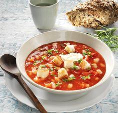 Tomatensoep met witte bonen erbij